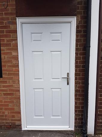 A locksmith in Bedfordshire 2018 1