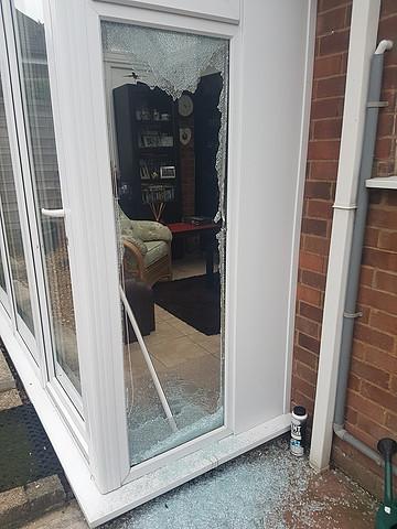 Luton, Dunstable, Houghton Regis and Caddington - how to deter burglars 1